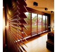 Горизонтальні дерев'яні жалюзі у спальню під замовлення GВJ-7 РОЛЕТИ УКРАЇНИ
