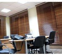 Горизонтальні дерев'яні жалюзі в офіс під замовлення GDJ-4 РОЛЕТИ УКРАЇНИ