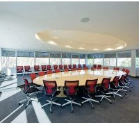 Рулонные шторы открытого типа в конференц-зал под заказ RSHOT-12 РОЛЕТЫ УКРАИНЫ